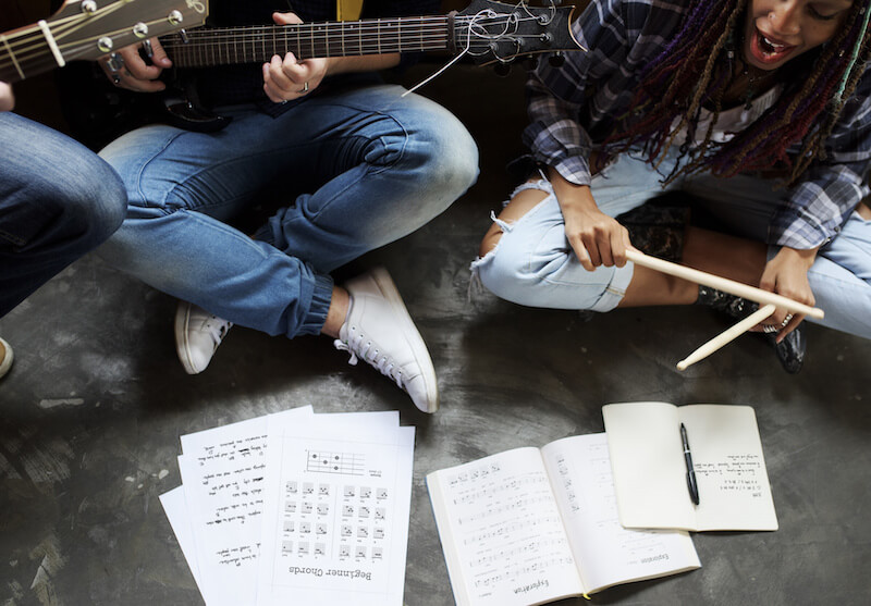 7 Ways to Write Songs to Write Better Songs With More Emotion